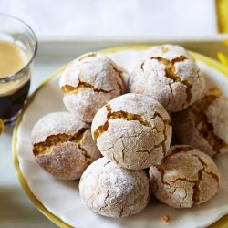 TRADITIONAL AMARETTI BISCUITS