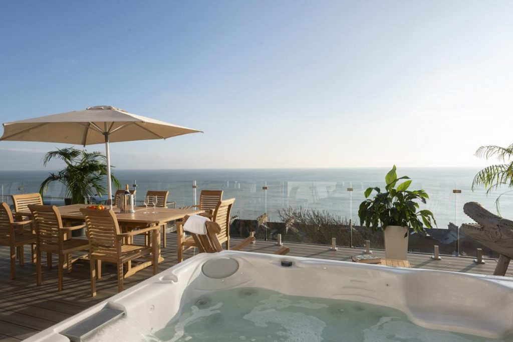 olivers travels sea view property with jacuzzi